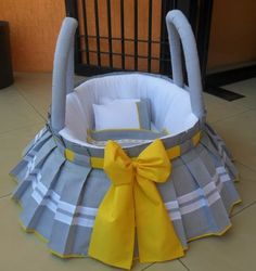 Baby Doll Bed, Baby Nest Bed, Bitty Baby Clothes, Kids Bedroom Designs, Baby Shawer, Baby Baskets, Baby Dress Patterns, Baby Sewing Projects, Baby Bedding Sets