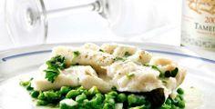 Torsk med ingefærerter Seafood Recipes, Cooking Recipes, Risotto, Potato Salad, Mashed Potatoes, Nom Nom, Food And Drink, Soup, Fish