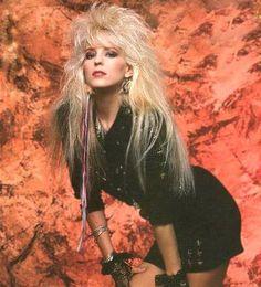 "The photo ""Janet Gardner"" has been viewed 336 times. Rocker Hair, Rocker Look, Rocker Chick, Look Rock, Rock Style, Estilo Rock, Glam Metal, Female Guitarist, Female Singers"