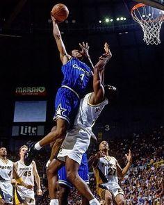 Basketball Is Life, Basketball Pictures, Basketball Legends, Sports Basketball, Basketball Players, Slam Dunk, Michael Jordan, Lebron James, Best Dunks
