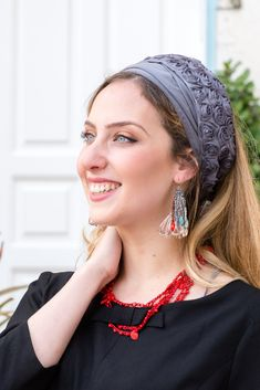 "🌸🌼Unique Grey color Headband decorated with a stunning small flowers band, handmade ""Mitpachat"" (Head Covering, Scarf, Tichel), fashionable and so comfortable. #headscarf #tichel #Headwrap #Turban #summerstyle #beautiful #beauty #fashion #style #love #jew #jewish #judaic #judaica #judaism #hebrew #headscarve #religion #religious #israel #israeli #pashmina #tichels #mitpachat #headcovering #modesty #beautiful #hairloss #chemo # hat Header, Flower Band, Bandana Scarf, Small Flowers, New Pins, Scarf Head, Head Wraps, Headbands, Wigs"