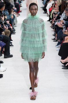 4a6355ea15f Valentino ready-to-wear spring summer 2019 - Vogue Australia ...
