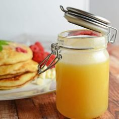 Dutch Honey Syrup Recipe is an easy homemade syrup for pancakes, waffles, French toast, biscuits or even vanilla ice cream! Pancake Muffins, Pancakes Easy, Homemade Syrup, Homemade Butter, Homemade Ice, Quick And Easy Pancake Recipe, Dutch Recipes, British Recipes, Jam Recipes