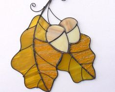 Stained Glass Art Suncatcher Oak Leaves Branch Window hangings decoration Gift present Stained Glass Designs, Stained Glass Projects, Stained Glass Patterns, Stained Glass Art, Broken Glass Art, Sea Glass Art, Mosaic Glass, Fused Glass, Glass Art Design