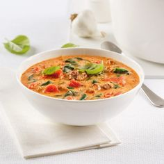 Creamy soup in italy Le Diner, Egg Rolls, Cheeseburger Chowder, Thai Red Curry, Cooking Recipes, Lunch, Ethnic Recipes, Hot Dog, Parfait