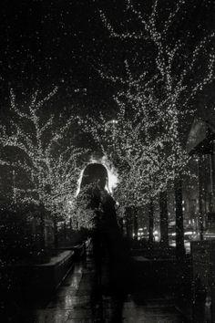 As surreais e belas fotografias em preto e branco das luzes de cidades a noite de Satoki Nagata - Chicago