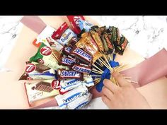 DIY Chocolate BIG bouquet/Candy bouquet/How to make a sweet bouquet/DIY Gift Idea Candy Bouquet Diy, Food Bouquet, Gift Bouquet, Sweet Bouquets Candy, Chocolate Flowers Bouquet, Chocolate Diy, Candy Gifts, Candy Gift Baskets, Raffle Baskets