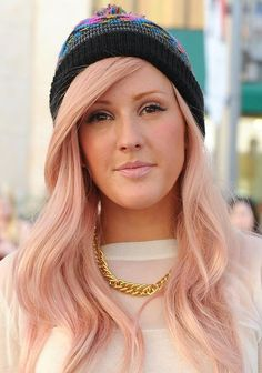 Ellie Goulding - Pastel pink hair - Pantone rose quartz hair inspiration