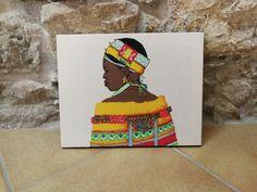 Cuadros fabricados con nuestras telas africanas. Más modelos en web!!  #decor #decoracion #cuadros #interiores #home #casa #decohome #homedeco Baseball Cards, Cover, Models, Home, African Fabric, African, Fabrics, Interiors, Blankets