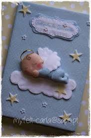 Risultati immagini per bebe de feltro dormindo nas nuvens