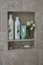 Gorgeous small bathroom shower remodel ideas (76)
