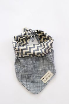 Bebedou dribble bibs and cotton bandana has been selling in Europe for a few years and their quality products are now on sale.