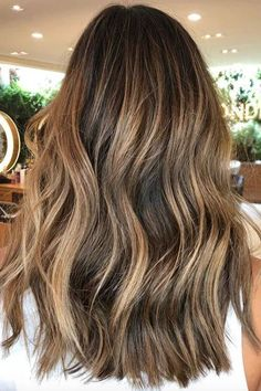 Caramel Hair Color is Trending for Fall—Here Are 15 Stunning Examples to Bring to Your Colorist Hair Color_Beachy Caramel Brown Hair With Blonde Highlights, Brown Ombre Hair, Brown Hair Balayage, Light Brown Hair, Ombre Hair Color, Brown Hair Colors, Color Highlights, Teen Hair Colors, Red Hair