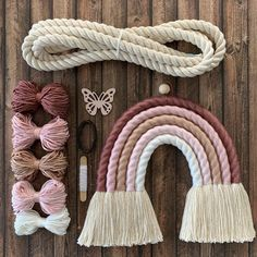 Rope Crafts, Yarn Crafts, Diy And Crafts, Rainbow Nursery, Rainbow Wall, Kids Rainbow, Rainbow Room, Macrame Patterns, Baby Room Decor