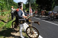 Fantastic effort by a spectator on a wooden 'horse' Tour de France 2012 Stage 1 Via: https://www.facebook.com/letour/photos #letour #TdF #cycling