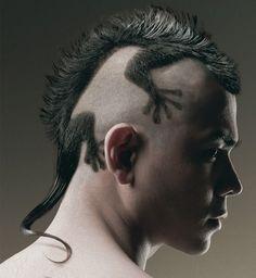 Une coupe de cheveux originale - http://www.photomonde.fr/une-coupe-de-cheveux-originale/