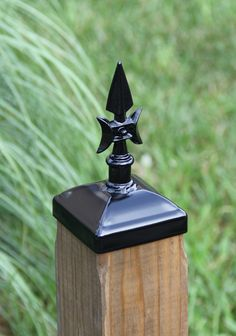 Gothic Spear Post Cap for Nominal Wood Post Mailbox Post, Wrought Iron Fences, Lantern Post, Wood Post, Building A Deck, Bird Feeders, 4x4, Gothic, Steel