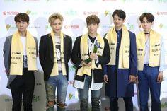 """SHINee hypnotizes """"Hallyu North Festival"""" - http://www.kpopvn.com/shinee-hypnotizes-hallyu-north-festival/"""