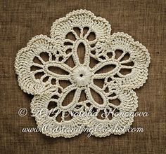 Best 9 Irish Crochet Lab is a detailed online course of how to make Irish Crochet Lace Freeform Crochet, Crochet Art, Thread Crochet, Crochet Motif, Crochet Flowers, Irish Crochet Patterns, Lace Patterns, Crochet Designs, Crochet Snowflakes