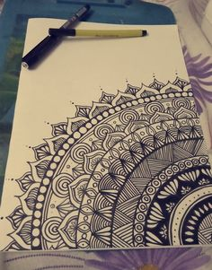 Nature mandalas art patterns Ideas for 2019 Doodle Art Drawing, Mandalas Drawing, Cool Art Drawings, Pencil Art Drawings, Art Drawings Sketches, Easy Mandala Drawing, Mandala Sketch, Zentangles, Drawing Ideas