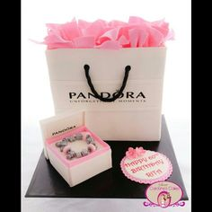 Pandora gift bag and charm bracelet cake www.sweetcarolinescakes.com.au