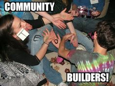 RETHINKING YOUTH MINISTRY: COMMUNITY BUILDER: Breaking the Cliques in Youth Ministry
