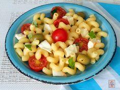 insalata di pasta pomodorini e mozzarella
