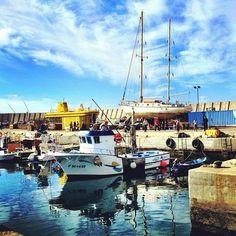 #grancanaria #puertodemogan #fishingboat #reflection #sailingboat #yellowsubmarine #harbour #puerto - @kaninfar- #webstagram