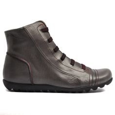 WILLIAMW14 | Cinori Shoes #wonders #softleather #madeinspain #fashion #shoes #anklecut #sophsicated #elasticstraps #want Soft Leather, High Tops, High Top Sneakers, Fashion Shoes, Ankle, Winter, How To Make, Winter Time, Tassel