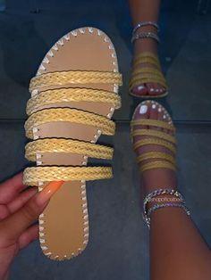 Bling Sandals, Nude Sandals, Gladiator Sandals, Shoes Sandals, Heels, Flats, Acrylic Toe Nails, Crochet Shoes, Size Model