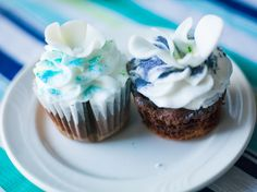 Blue Wedding Cupcakes - Proper Photography