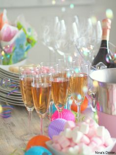 Vappu first of may May Celebrations, May Days, I Party, Party Ideas, May 1, Decoration, Holiday Parties, Wine Glass, Alcoholic Drinks
