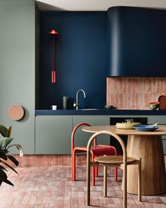 """Kennedy Nolan on Instagram: """"More from our collaboration with Laminex to design 3 spaces that celebrate this Australian made material . Here is the third and final…"""" Küchen Design, House Design, Kennedy Nolan, Sweet Home, Studio Kitchen, Kitchen Dinning, Kitchen Decor, Interior Design Kitchen, Interiores Design"""