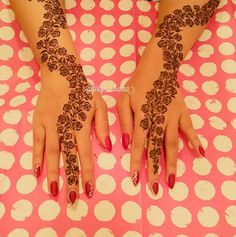 Henna for the amazing @hibaalahmadi  A video posted by ※The Queen's Henna (@girly__henna) on Sep 28, 2015 at 11:16am PDT