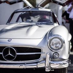 danielpdykes:  Gull-wings of beauty - #Mercedes 300SL | #car...