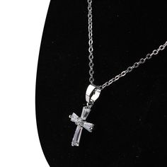 Elegant Cubic Zircon Cross Necklaces Pendants White Silver Plated Cross Christian Jesus Jewelry For Women Accessories