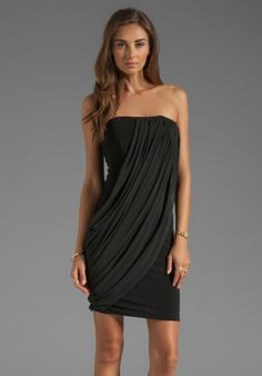 alice-olivia-black-alice-olivia-front-drape-tube-dress-in-black-product-1-11417874-898523647_large_flex.jpeg (418×600)