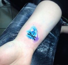 Adorable watercolor wrist tattoo by Adrian Bascur Ab Tattoo, Get A Tattoo, Body Art Tattoos, New Tattoos, Sleeve Tattoos, Dream Tattoos, Watercolor Dragonfly Tattoo, Dragonfly Tattoo Design, Tattoo Designs