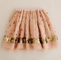 Pretty skirt...would go well with those cute oxfords posted on my b:style board...