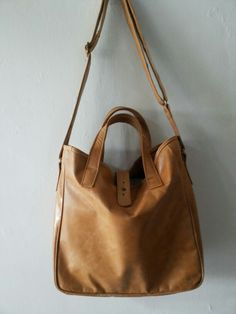 Bagera leather bag