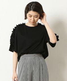 GALLARDAGALANTE(ガリャルダガランテ)の「ギャザーフリルTシャツ(Tシャツ/カットソー)」|ブラック