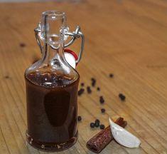 Worcester, Hungarian Recipes, How To Make Homemade, Vegan Foods, Cooking Tools, Ketchup, Diy Food, Hot Sauce Bottles, Cake Cookies