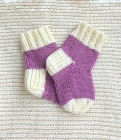 Knit socks for girl Kids knitted socks Pink knitted socks Kids wool socks Wool pink and white socks Hand knit socks Knit socks handmade Crochet Socks, Knit Socks, Knitting Socks, Knit Crochet, Knitting For Kids, Knitting Projects, Baby Knitting, Knitting Patterns, Bed Socks
