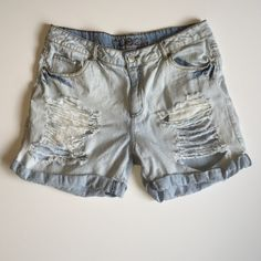 Destroyed Jean shorts Cute Jean shorts, comfortable to wear, in great condition worn worn once, pair with a cute top and booties. Inseam is 4 1/2 inches Rue 21 Shorts Jean Shorts