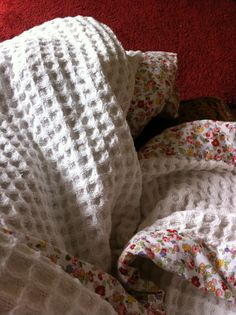 Gorgeous waffle blanket with floral border
