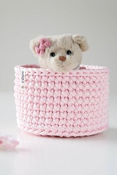 Crochet Rug - ropedecor,ropedecorations-One of the most popular uses for baskets of this size is to dress flower pots. Easy Crochet, Crochet Hats, Braided Wool Rug, Crochet Rug Patterns, Most Popular, Happy Valentines Day, Closets, Flower Pots, Baskets