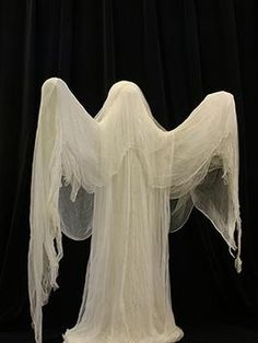 Make a Ghost for Halloween Add this ghost to your Halloween decorations and your house will become a favorite haunt of all the little goblins in your neighborhood.