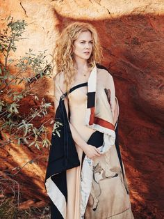 andreasanterini: Nicole Kidman / Photographed by Will Davidson / For Vogue Australia September 2015 Beautiful Redhead, Beautiful Celebrities, Most Beautiful Women, Beautiful People, Keith Urban, Nicole Kidman Style, Vogue Australia, Hollywood, Vogue Magazine