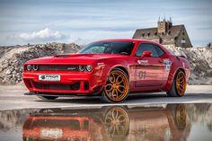 Dodge Challenger SRT Hellcat by Prior Design Dodge Challenger Hellcat, Dodge Viper, Modern Muscle Cars, Best Muscle Cars, American Muscle Cars, Cx 500, Automobile, Chrysler Jeep, Us Cars