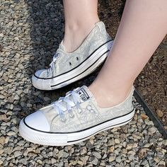 Cute Sleepwear, Cute Diys, Chuck Taylor Sneakers, Cute Shoes, Super Cute, Pairs, Diy Crafts, Fashion, Moda